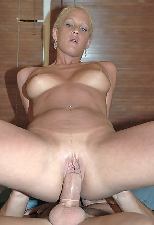 Free Dick in Moms Pussy Porn Pictures