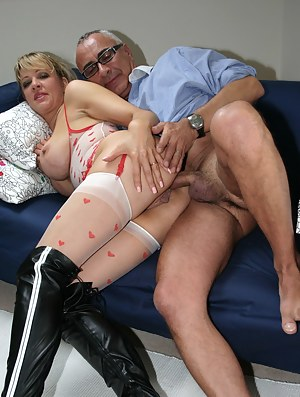 Free Moms Anal Porn Pictures