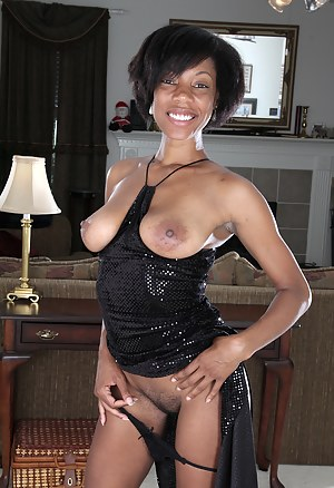Free Black Moms Porn Pictures